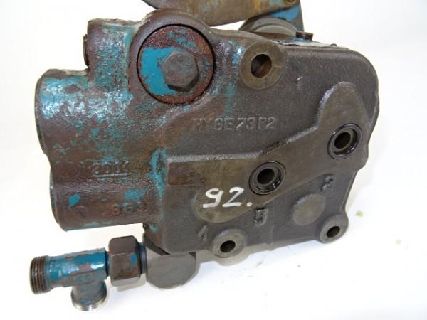 Lagerdeckel für Kurbelwelle für MWM KDW 615 E Motor für Fendt F20 u. Hela D18 Traktor