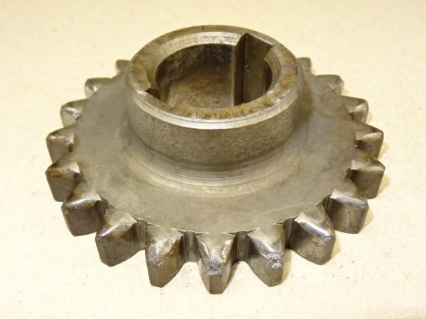 Zahnrad V7 180 3 ZP6 für ZF A8 Getriebe vom Güldner A9V Traktor