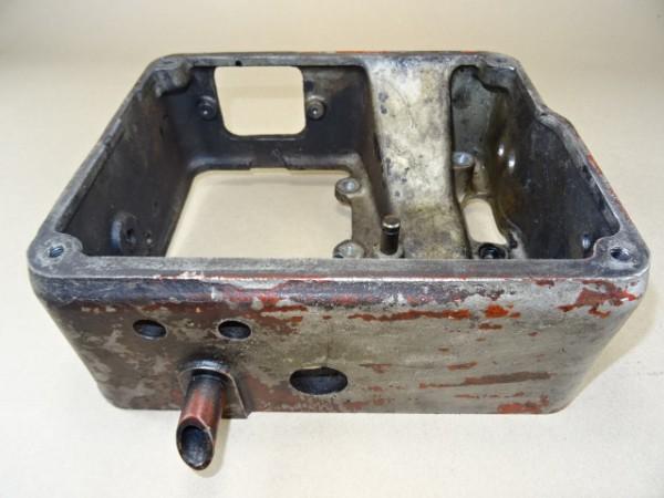 Gehäuse für Einspritzpumpe für Güldner 2D15 Motor vom Fahr D17 Traktor