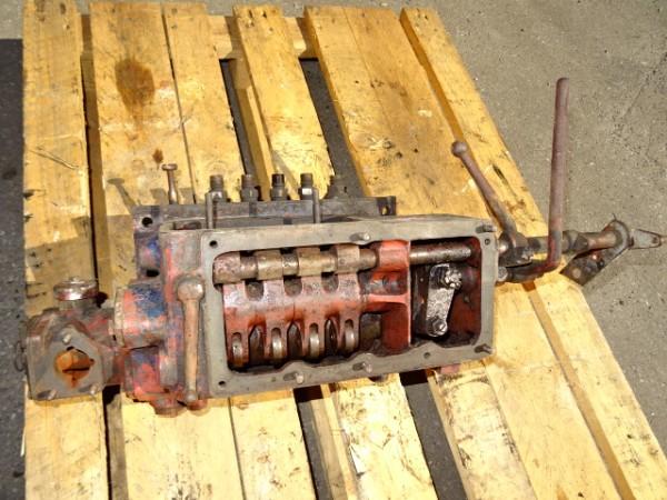 Einspritzpumpe (defekt) für D52 D57 Motor für Hanomag R40 R45 Traktor Schlepper