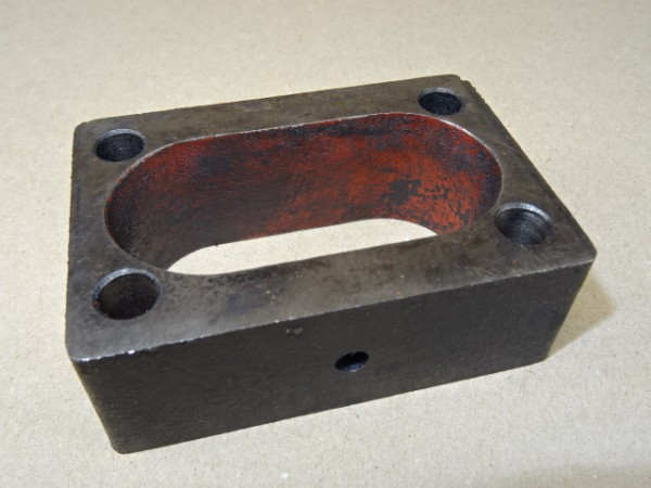 Sockel für Einspritzpumpe Güldner 2D15 Motor Fahr D17 Bj. 1952