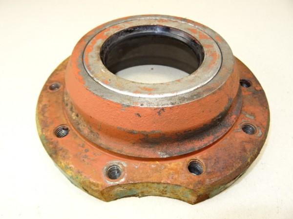 Abschlussdeckel für Hinterachsseitenrohr links in Hurth G76 Getriebe vom Hela Lanz D14 Traktor