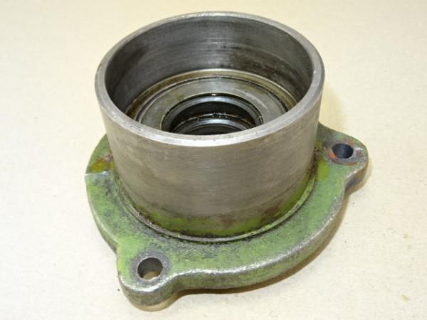 Zentrierdeckel für Antriebswelle Getriebe vom Hela Lanz D15 Traktor Schlepper