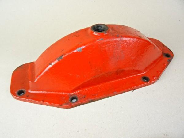 Gehäusedeckel 517 681 für Achsgehäuse vom Porsche Diesel T 217 Traktor