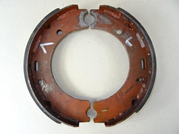 Bremsbacken für Perrot Bremse vom Hela Lanz D15 Traktor