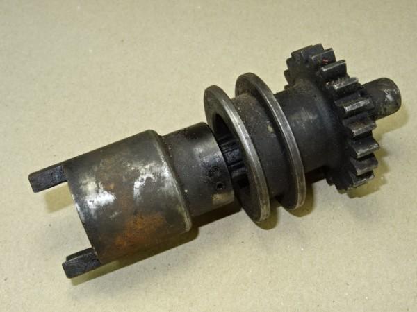 Antrieb für Kraftheberpumpe vom Kraftheber für Porsche Diesel Traktor
