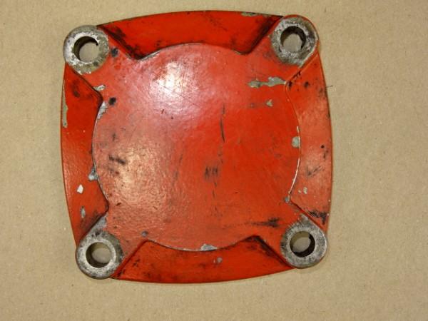 Verschlussdeckel für 3L79 Motor vom Güldner G30 S Traktor Schlepper