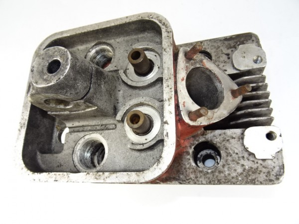 Ölfiiltergehäuse Ölfilter für 3L79 Motor vom Güldner G30 S Traktor