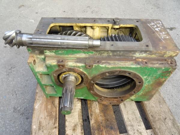 Getriebegehäuse Kegelradwelle Tellerrad und Stirnrad vom Deutz D40 U Traktor