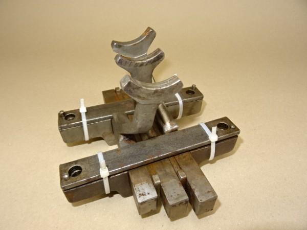 Schaltgabeln vom ZF A8 Getriebe für Güldner A9V Traktor