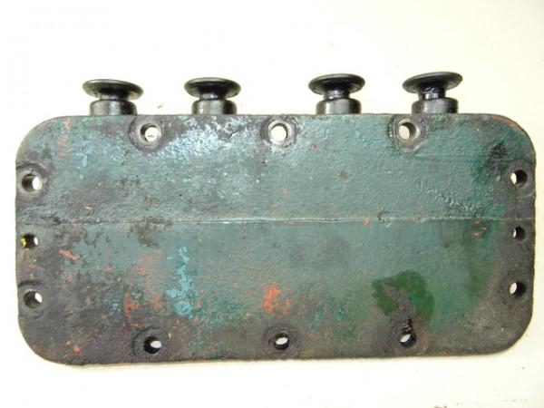 Stößelführungsdeckel für D57 Motor vom Hanomag R40 R45 Traktor Schlepper