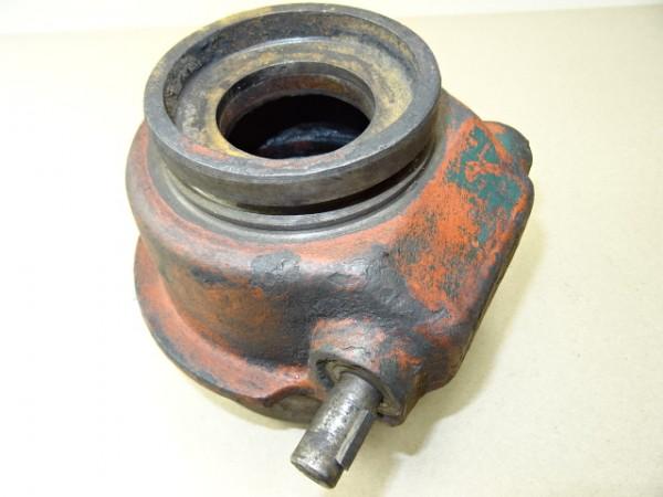 Reglerverstellhalterung für Regler für D57 Motor vom Hanomag R40 R45 Traktor